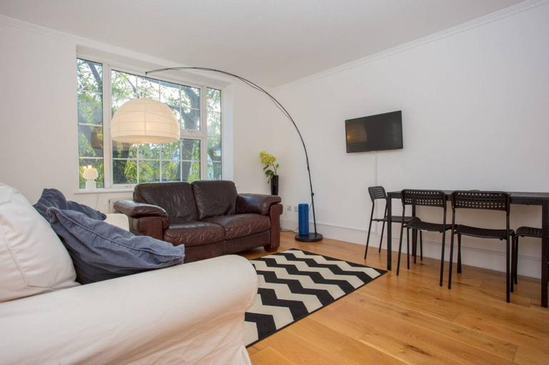 Sunny 2 Bedroom Flat in Islington, London