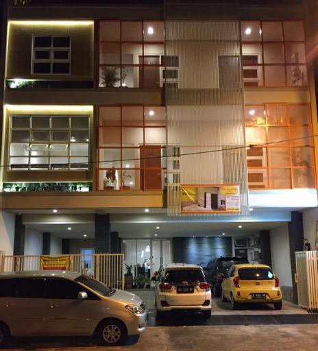 Mango Homestay, Surabaya