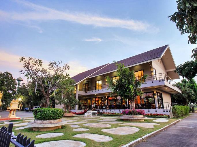 The Society Ayutthaya Resort, Uthai