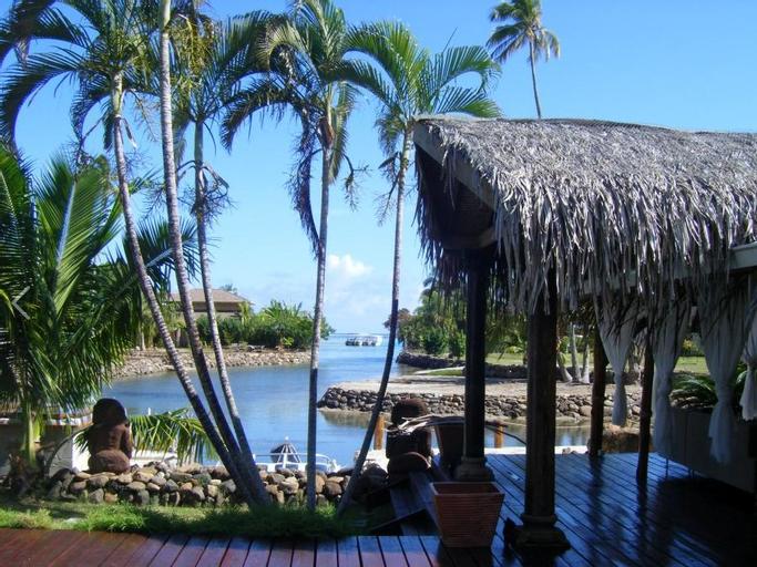 Polynesian Dream Lodge,