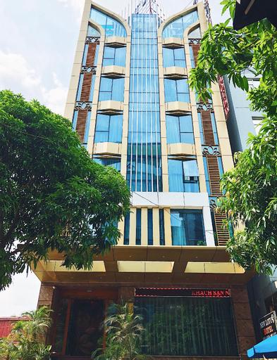 New Lotus Hotel, Cầu Giấy