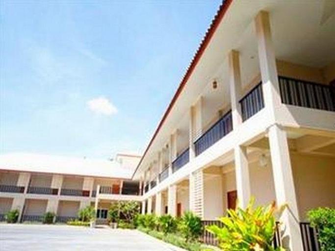 Lub D Resort, Pran Buri
