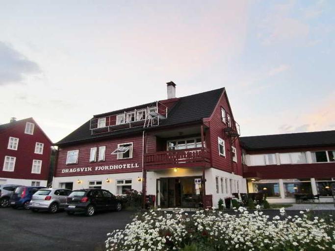 Dragsvik Fjordhotel, Balestrand