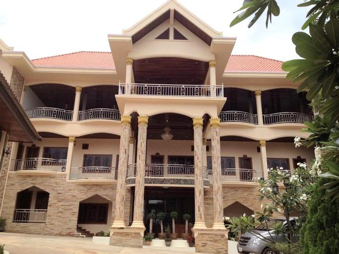 Phukhankham Hotel, Lamarm