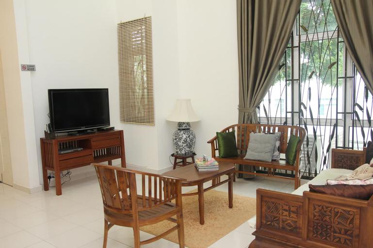 Delite Guest House 03 @ Shamrock Beach, Pulau Penang