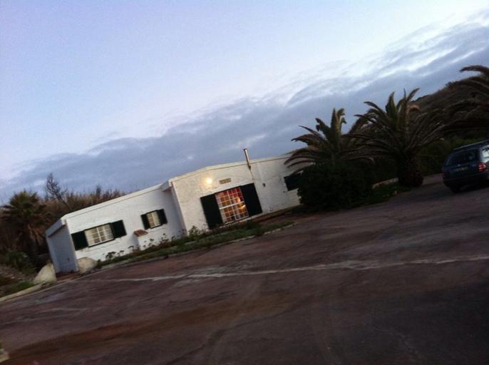 Beach House, Lourinhã