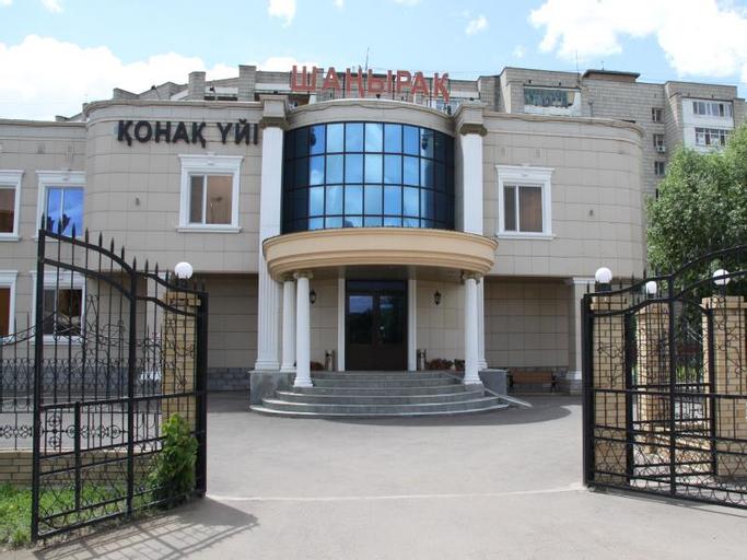 Shanyrak on Abaya, Tselinogradskiy