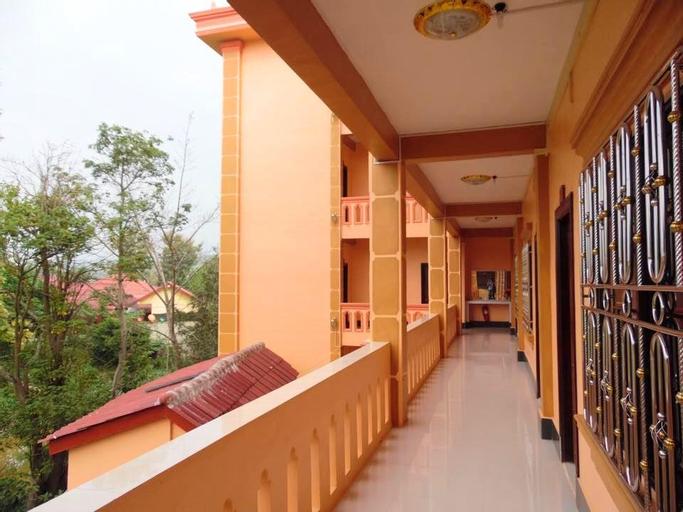 Sengalee Hotel, Xay