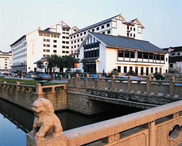 Gloria Plaza, Suzhou