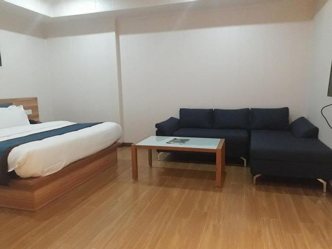 Qi Xiang Business Inn, Nabunturan
