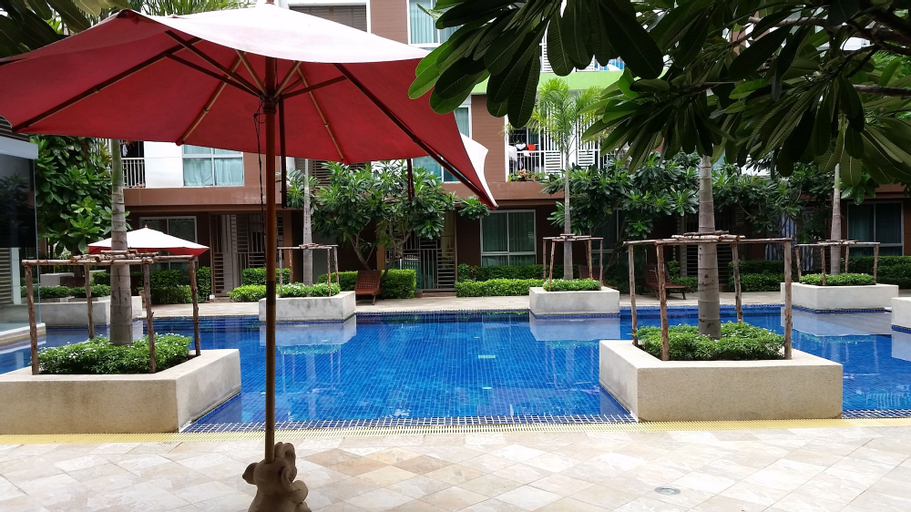 Apartment at Bangkok Near Pool, Bang Kapi
