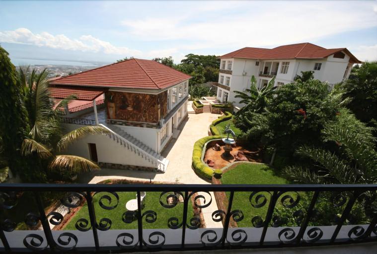 Top Hill Residence Kiriri, Roherero