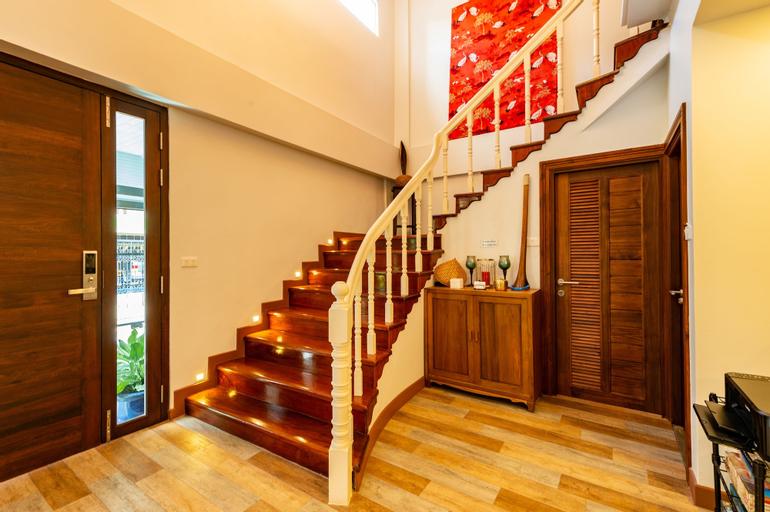 Maneeya Park Residence, Bang Na