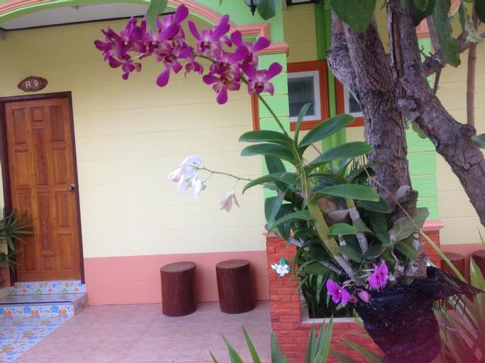 Romruen Resort, Ban Tak