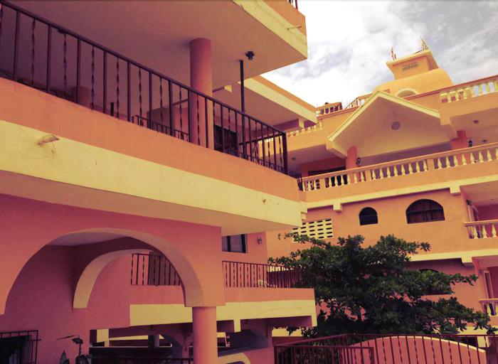 La Colline Hotel, Saint-Marc