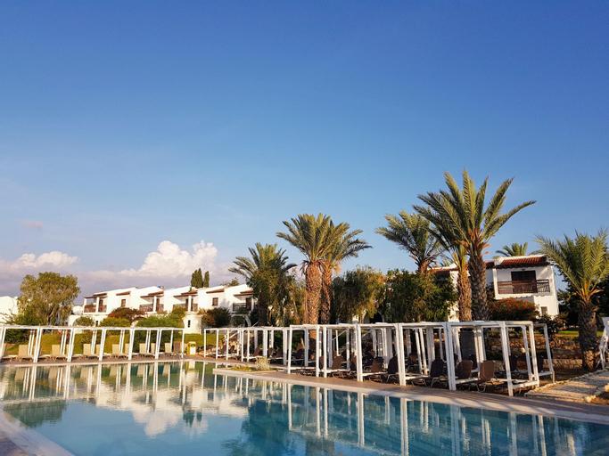 ZENING Resorts,