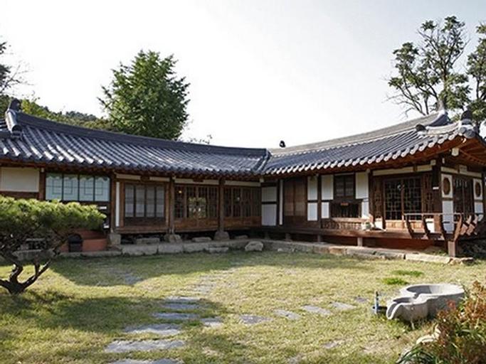 Slow City Kyochon Hanok Guesthouse, Yesan