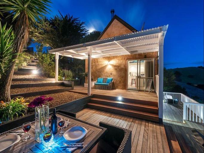 Woodside Bay Cottage, Auckland