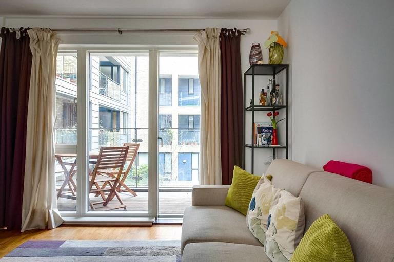 Gorgeous new 1bed Flat w/ Balcony, London