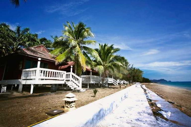 Supar Royal Beach Resort, Khanom