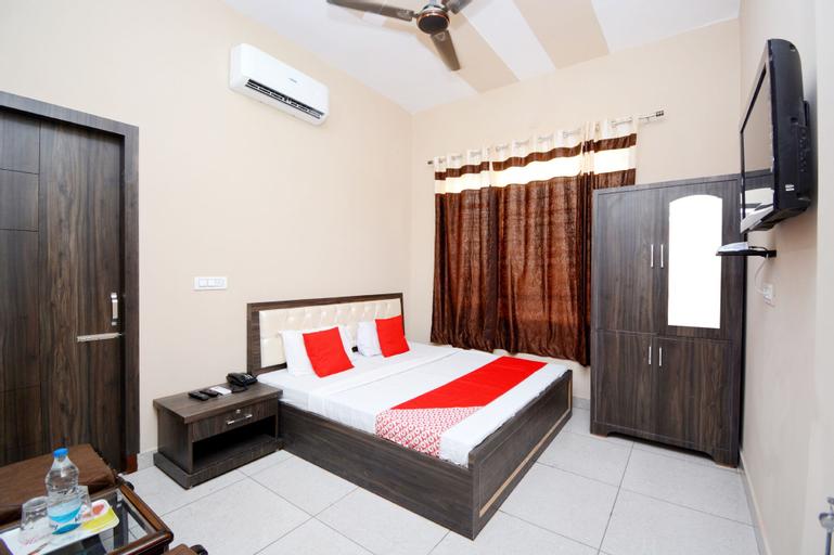 OYO 40482 Hotel Country Side, Ludhiana
