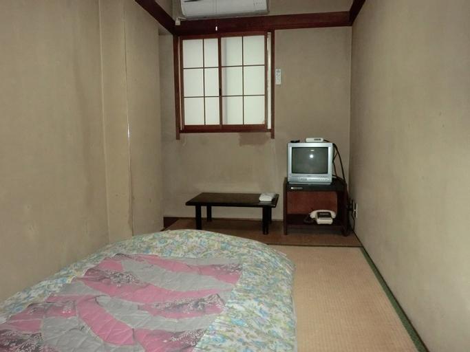 Makiya, Takamatsu