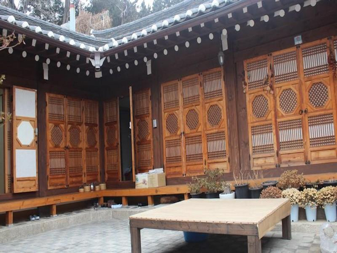 Gahoe Hanok Guest House, Seongbuk