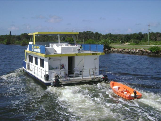 Boyds Bay Houseboat Holidays, Tweed  - Tweed-Heads