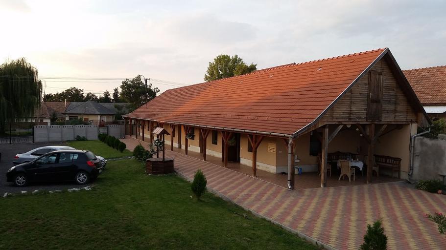 Smaida guesthouse, Szerencs