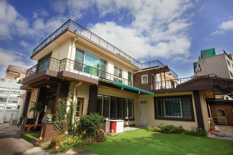24 Guesthouse Namsan Garden, Jongro