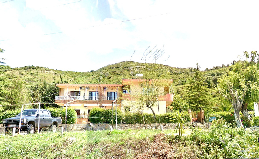 Villa Edi, Vlorës