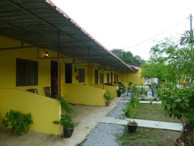 I N R Tasik Anak Motel, Langkawi