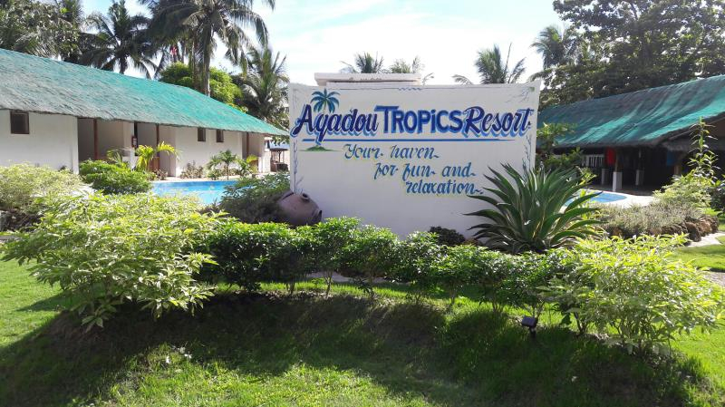Agadou Tropics Resort, Calubian