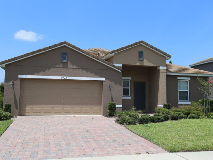 Calabria Luxury 5 Bed Homes with Game Rooms - Orlando Select Vacation Rentals, Orange