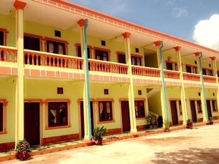 Khamphone Keokhamphan Guesthouse, Pakkading