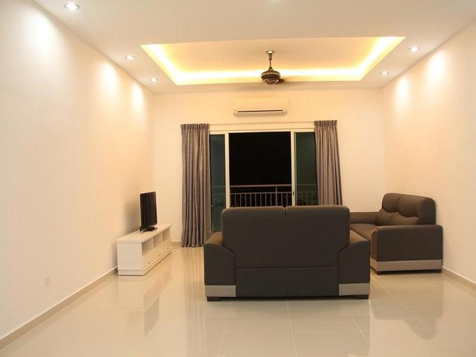 228 Vacation Home Bayan Baru, Barat Daya
