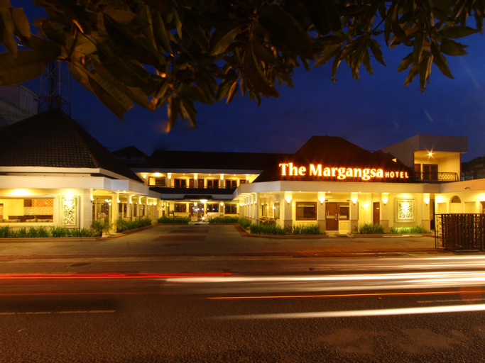 The Margangsa Hotel Solo, Solo