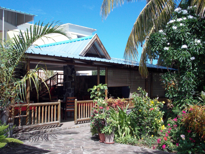 Chez Perle Guest House,