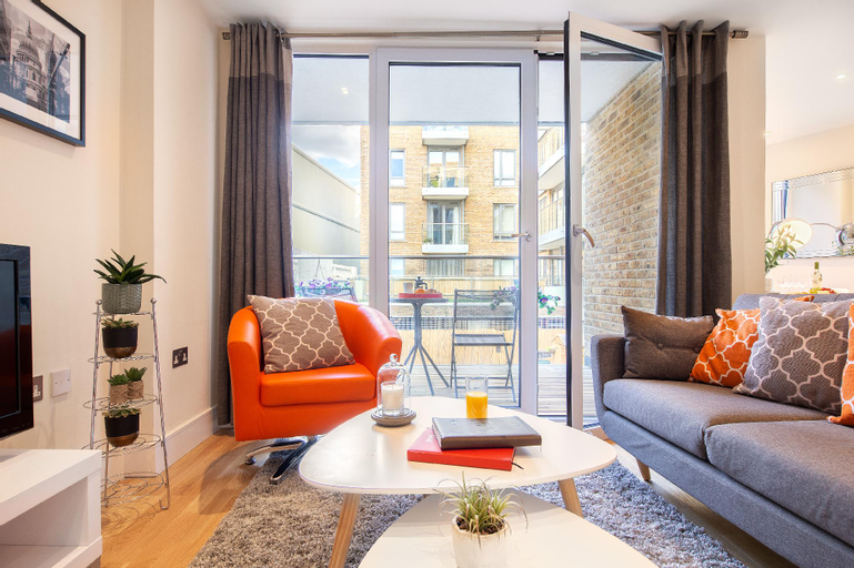Canary Gateway Apartments by TheSqua.re, London