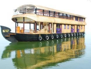 Pournami Houseboats, Alappuzha