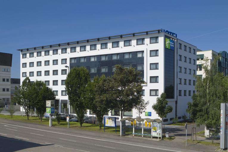 Holiday Inn Express Stuttgart Airport, Esslingen