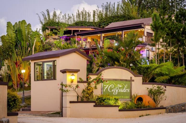 7 Cascades Restaurant Bar & Lodges,