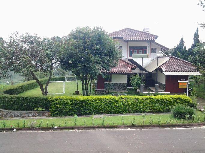 Villa ChavaMinerva Bata Ciater Highland Resort, Subang