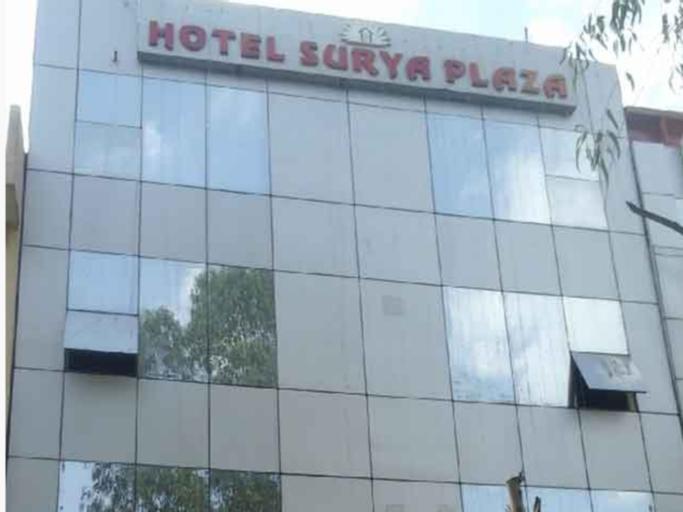 Hotel Surya Plaza, West