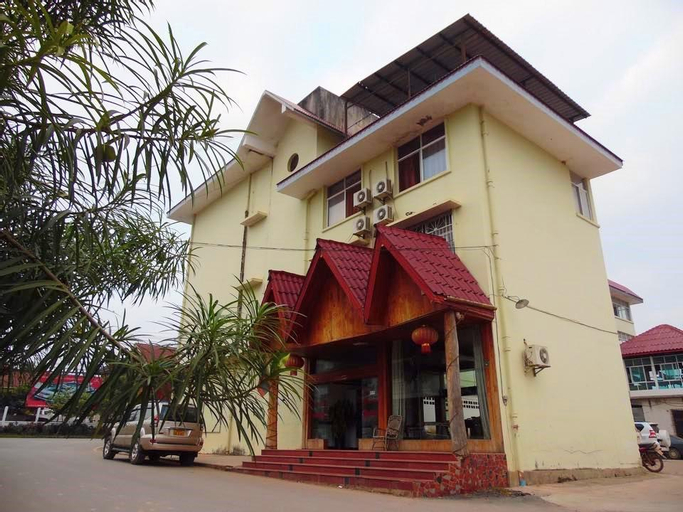 Chuan Sai Hotel, Xay
