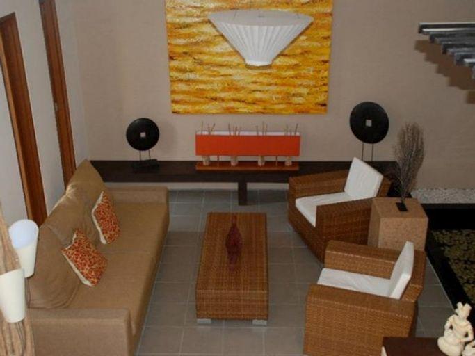 Farila Guesthouse 2, Surabaya