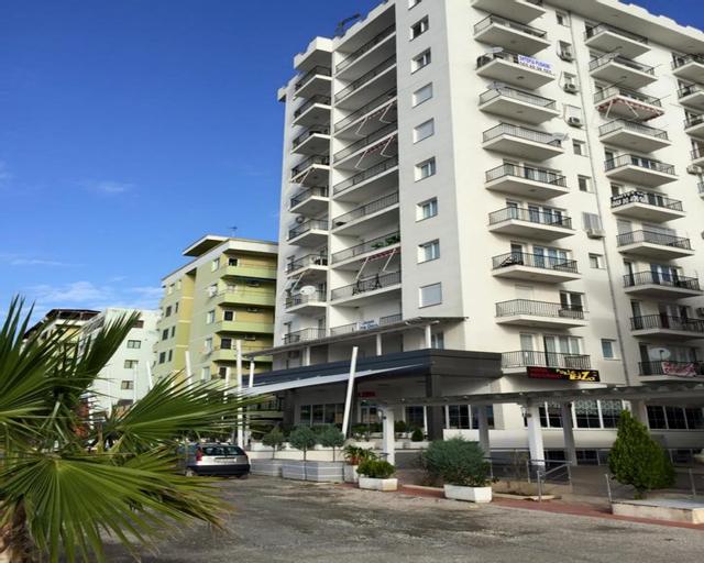 Iliria Apartments, Lezhës