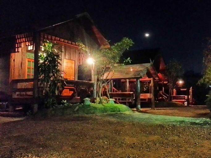 Shongthai Maimhon Homestays and Restaurant Lopburi, Muang Lop Buri