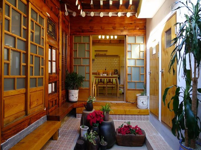 Hanok Guesthouse 202, Seongbuk
