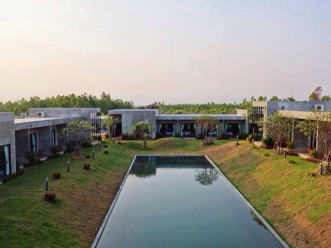 Molloft Resort, Suan Phung